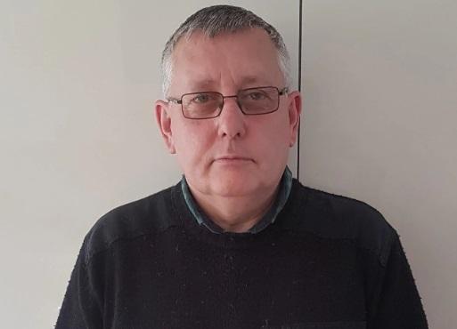 Timothy Roberts Main